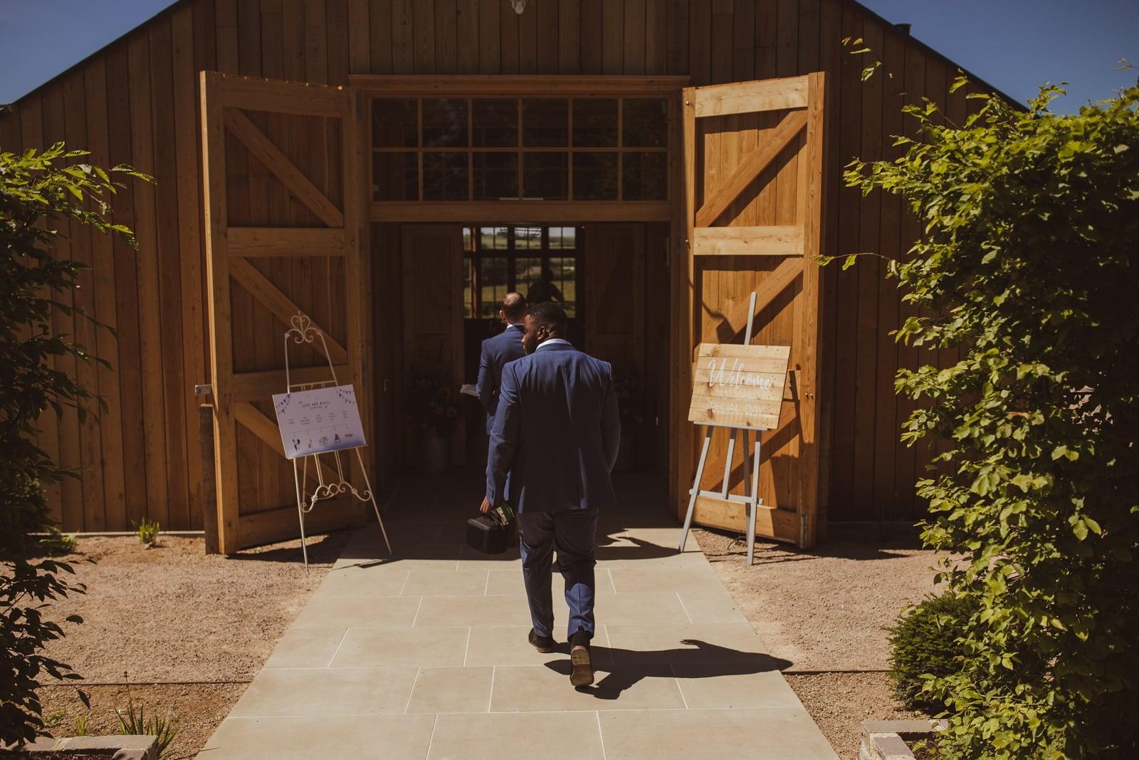 Cotswolds Wedding Photographer 0043